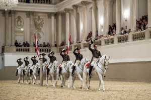 School-Quadrille_c-Spanish-Riding-School_ASAblanca.com_Ren+R-van-Bakel1